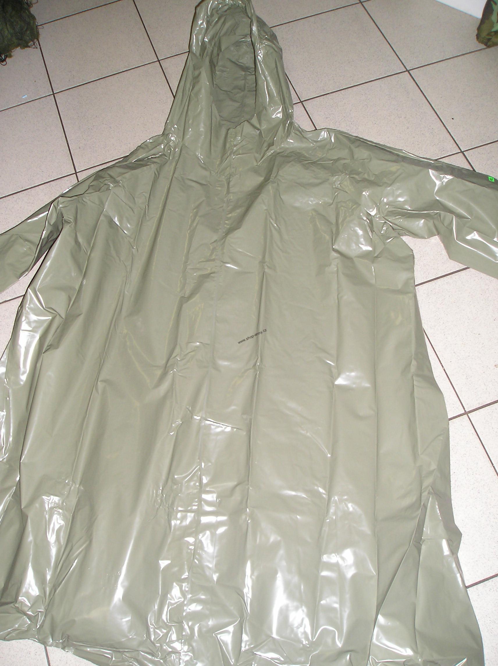 Vojenská pláštěnka, nepoužitá, dlouhodobě skladované zboží